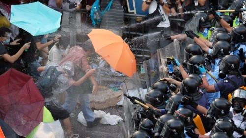 Hong Kong, Sunday, Sept. 28, 2014. (AP Photo/Vincent Yu)