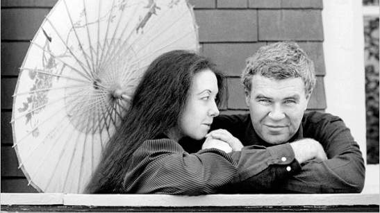 Tess Gallagher and Raymond Carver.jpg